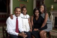 obamafamily portrait by annie lebowitz