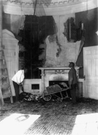 Aftermath of the Christmas Eve fire in the old West Wing, 1929