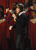 Justin Bieber performs onstage during TNT's Christmas in Washington