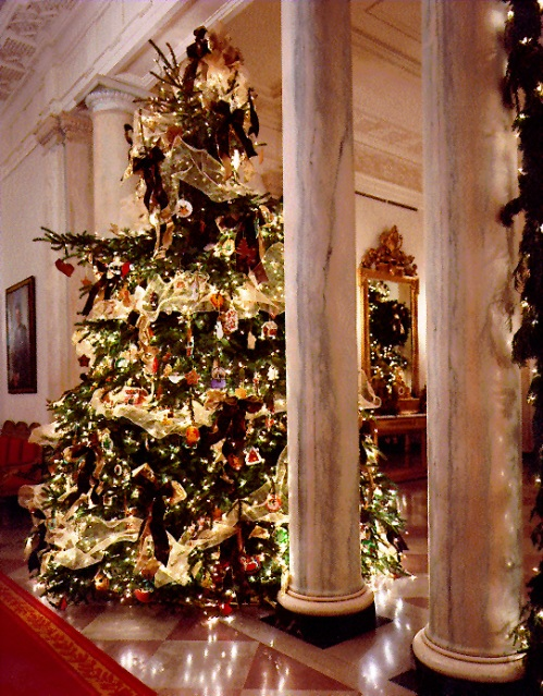 Clinton Grand Foyer Tree