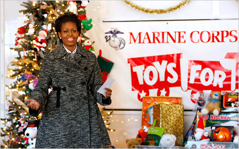 First Lady Michelle Obama praised the soldiers and volunteers who worked on the Marine Corps program.
