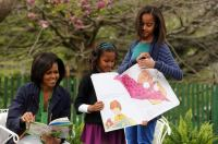 The First Lady with daughter's Sasha and Malia Easter 2009