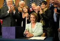 Pelosi+House+Leaders+Sign+Senate+Health+Reform+2BEpQWeI9G3l